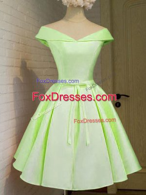 Yellow Green A-line Off The Shoulder Cap Sleeves Taffeta Knee Length Lace Up Belt Dama Dress for Quinceanera