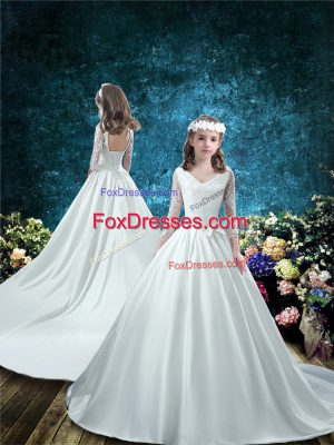 Low Price White Lace Up V-neck Lace and Bowknot Flower Girl Dress Taffeta 3 4 Length Sleeve Court Train