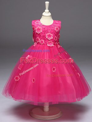 Low Price Hot Pink Tulle Zipper Scoop Sleeveless Knee Length Girls Pageant Dresses Appliques and Bowknot