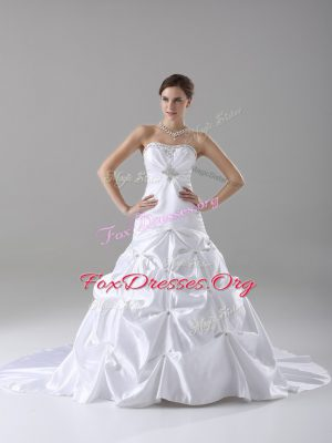 Best Lace Up Wedding Dress White for Wedding Party with Beading and Pick Ups Brush Train