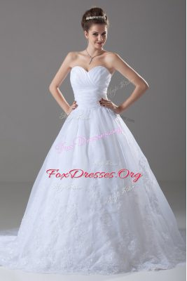 Brush Train Ball Gowns Wedding Dresses White Sweetheart Tulle Sleeveless Lace Up