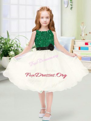 New Style Champagne Organza Zipper Scoop Sleeveless Knee Length Toddler Flower Girl Dress Sequins and Hand Made Flower