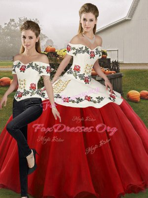 Amazing Organza Off The Shoulder Sleeveless Lace Up Embroidery 15 Quinceanera Dress in White And Red