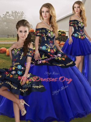 Sexy Royal Blue 15th Birthday Dress Military Ball and Sweet 16 and Quinceanera with Embroidery Off The Shoulder Sleeveless Lace Up