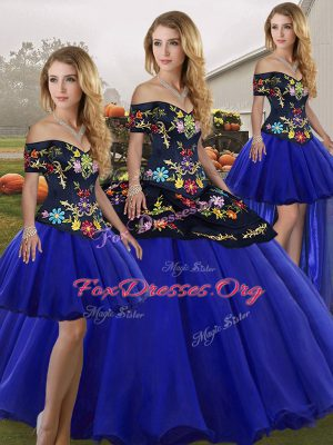 Top Selling Off The Shoulder Sleeveless Tulle Vestidos de Quinceanera Embroidery Lace Up