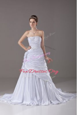 Dynamic Brush Train A-line Wedding Gowns White Strapless Taffeta Sleeveless Lace Up