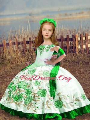 White Satin Lace Up Kids Pageant Dress Sleeveless Floor Length Embroidery