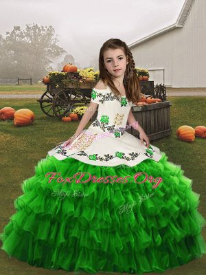 High Class Little Girls Pageant Gowns Party and Military Ball and Wedding Party with Embroidery and Ruffled Layers Straps Sleeveless Lace Up