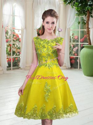 Flare Yellow Green Sleeveless Beading and Appliques Knee Length Homecoming Dress