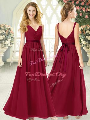 Modest Wine Red Empire Chiffon V-neck Sleeveless Ruching Floor Length Backless Prom Gown
