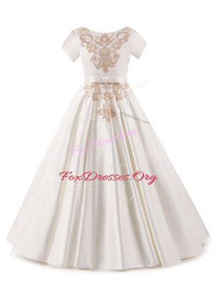 Floor Length White Kids Formal Wear Satin Short Sleeves Appliques