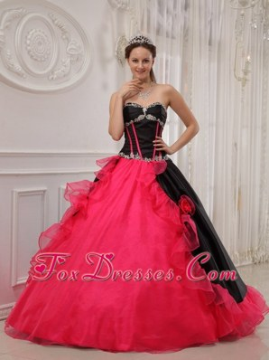 Black and Red Appliques Sweetheart Quinceanera Dress