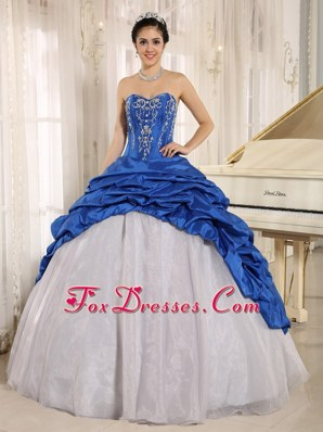 Blue and White Quinceanera Dress Embroidery Pick-ups