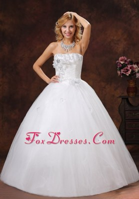 Ball Gown Bridal Gown For 2013 Hand Made Flowers and Beading