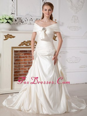 Luxuriousl Beading Wedding Dress A-line Off The Shoulder
