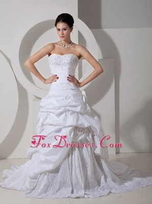 Appliques Wedding Dress Court Train Handle Flower Sweetheart