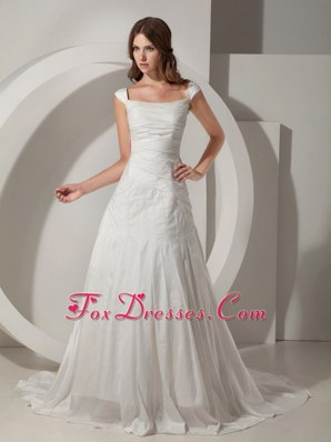 Chapel Train Wedding Gown Princess Taffeta Beading Straps