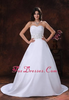 Satin Wedding Dress Sweetheart With Beaded Decorate Designer