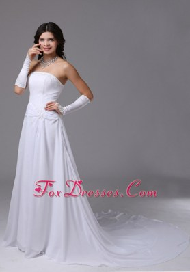 Cheap Chiffon Wedding Dress 2013 With Strapless Chapel