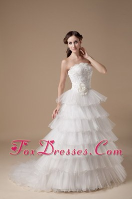 Surprising Tiered Skirt Organza Wedding Dress