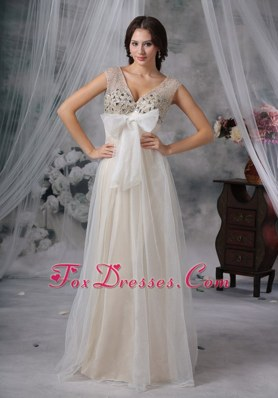 V-neck Beading Bowknot Organza Prom Dress