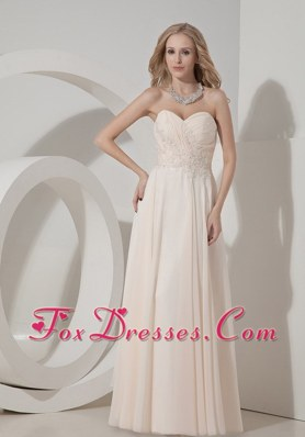 Champagne Column Floor-length Chiffon Appliques Prom Dress