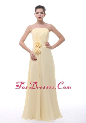 Light Yellow Chiffon Bridesmaid Dresses with Hand Made Flowers
