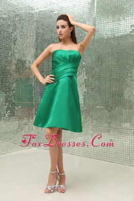 Ruched Green Taffeta Bridesmaid Dresses for Wedding Party