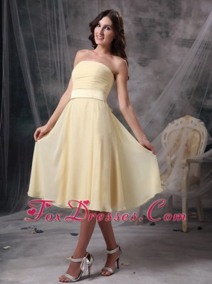 Empire Knee-length Ruched Yellow Bridesmaid Dresses