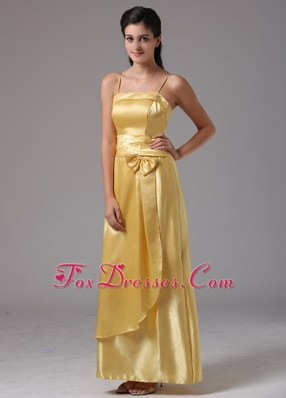 2013 Yellow Bridesmaid Dresses with Bow and Straps