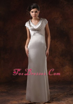 Short Sleeves V-neck Sliver For Cheap Prom Gowns
