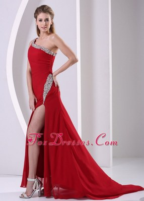 One Shoulder Wine Red High Slit Prom Celebrity Dresses Brush Train