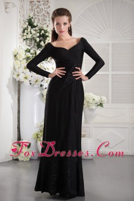 Modest Long Sleeves Black V-neck Celebrity Evening Dresses
