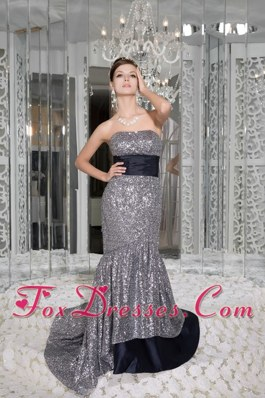 Sequins Beautiful Mermaid Strapless Brush Train Prom Celebrity Dresses