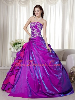 Cheap Purple Strapless Taffeta Appliques Quinceanera Dress