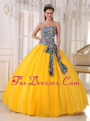 Cheap Yellow Strapless Tulle Sequins Quinceanera Dress