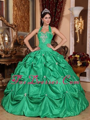 Cheap Green Quinceanera Dress Halter Top Taffeta Appliques