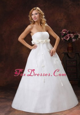 Latest Hand Made Flowers Strapless Wedding Bridal Gown