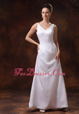 Cheap V-neck Satin Mother of the Bride Dress Ankle-length