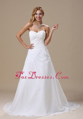 Cheap Ruched Bodice and Appliques Wedding Gown