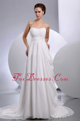 Latest Sweetheart Ruffles Chiffon Wedding Gown Train