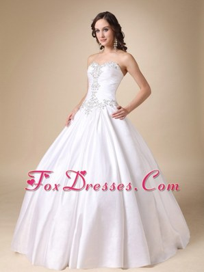 Sweetheart Beading Taffeta Wedding Dress Ball Gown