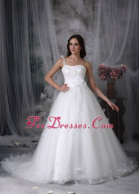 Classic One Shoulder Wedding Dress with Hand Made Flowers
