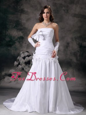 Cheap A-line Strapless Court Train Hand Made Flower