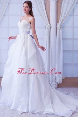 A-line Cheap Sweetheart Train Organza Appliques Wedding Dress