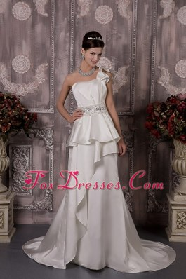Cheap A-line One Shoulder Satin Beading Wedding Dress