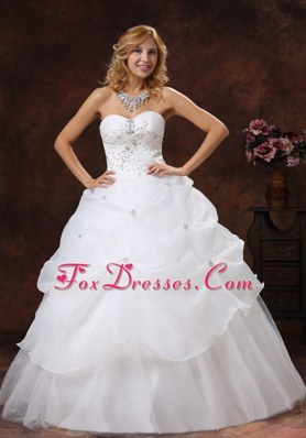 Beaded A-line Sweetheart Neckline Organza Wedding Dress