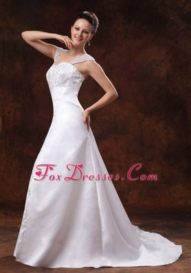Straps Wedding Dress Embroidery Custom Made Luxurious Straps