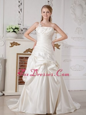 One Shoulder A-line Court Train Appliques Wedding Dress