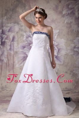 Embroidery A-line Strapless Chapel Train Wedding Dress with Blue Color